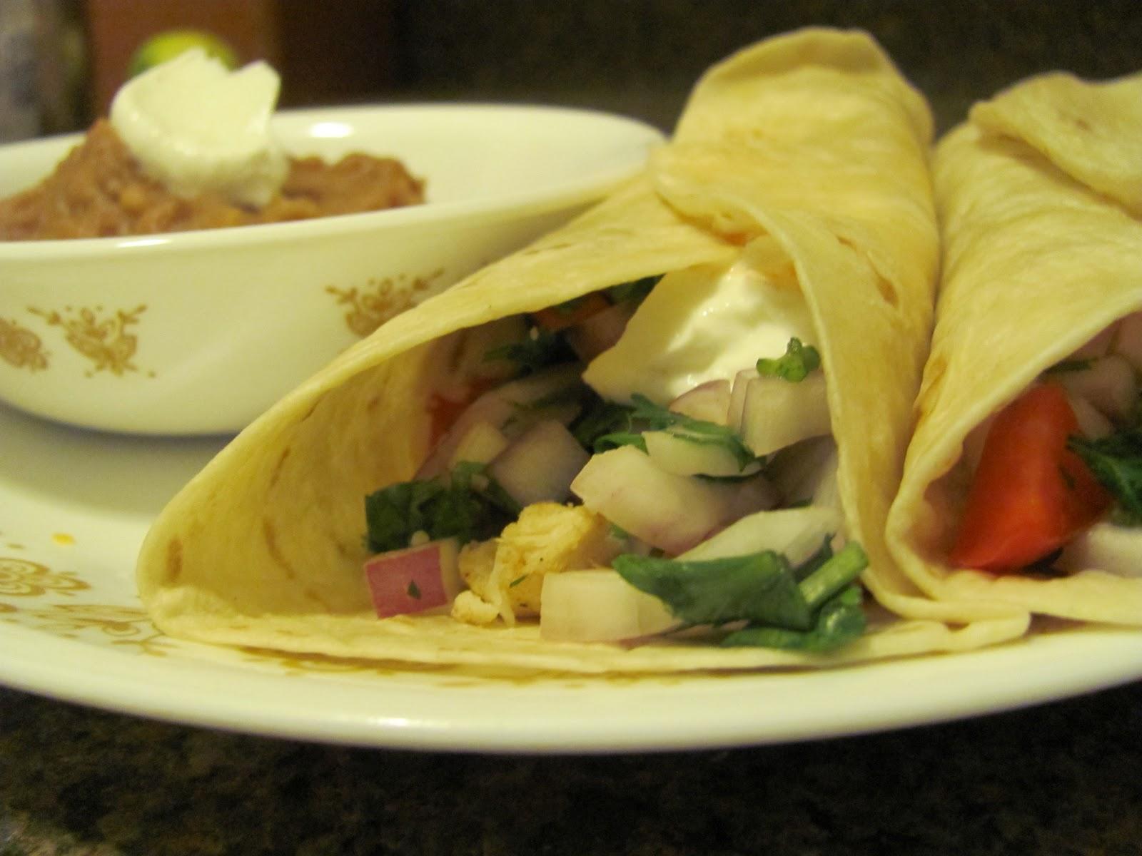 Fish tacos wee foodie fashionista for Greek yogurt fish taco sauce